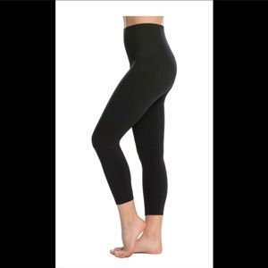 Spanx look at me now leggings/ Brand New With Tags